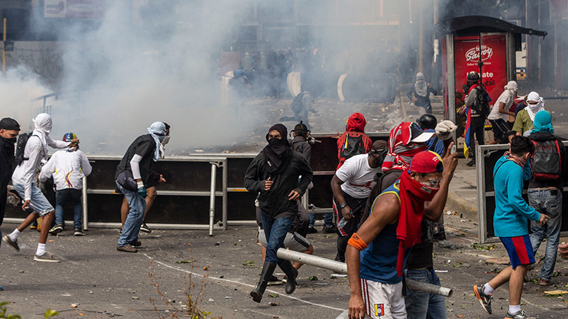 «Деструктивное внешнее вмешательство»: Путин выразил поддержку законным властям Венесуэлы