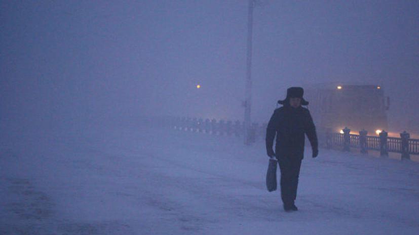 Госавтоинспекция призвала избегать дальних поездок из-за сильных морозов на Ямале