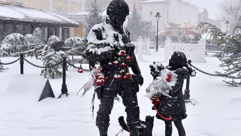 Обливший памятник «вежливым людям» приехал в Крым из Киева
