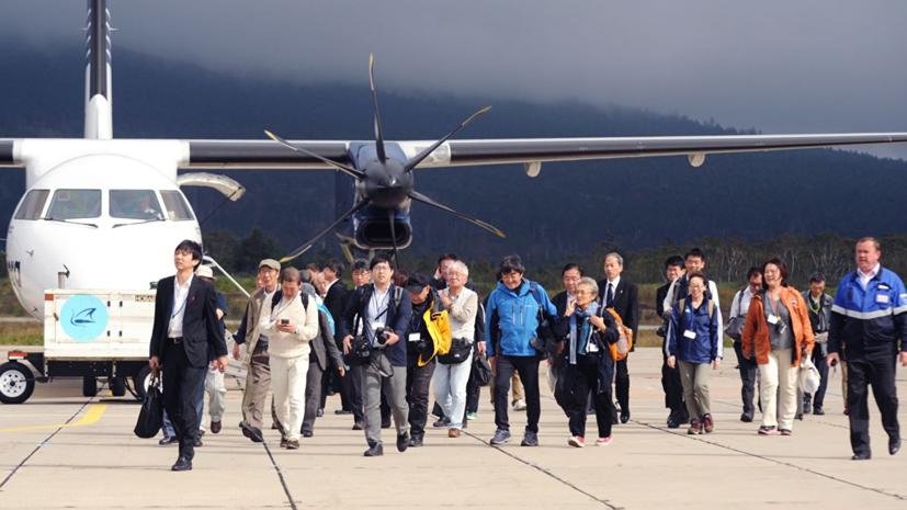 Япония выразила протест из-за конфискации телефонов у делегации на Курилах