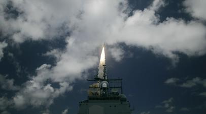 Запуск противоракеты SM-3 с крейсера Ticonderoga USS Shiloh (CG 67), оснащённого системой Aegis