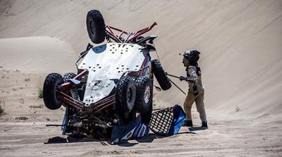 На этапе Сергей Карякин попал в аварию