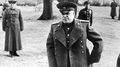 Командующий 1-м Белорусским фронтом маршал Георгий Жуков накануне наступления на Берлин, апрель 1945 года