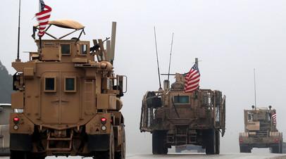 Американская военная техника в окрестностях сирийского города Манбидж