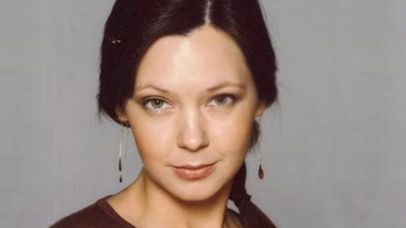 В театре прокомментировали данные о задержании в США актрисы Усок