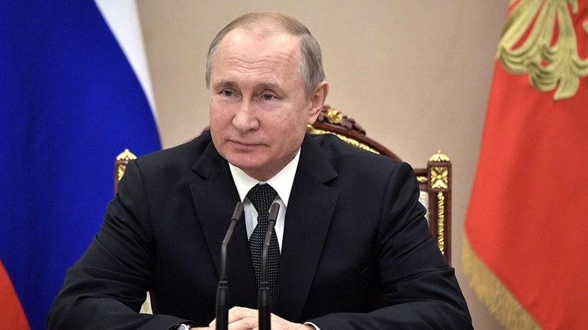 Опрос: большинство россиян одобряют деятельность Путина