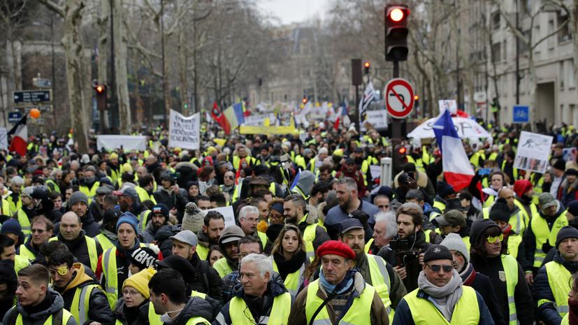 Полиция задержала в Париже 10 участников акции «жёлтых жилетов»