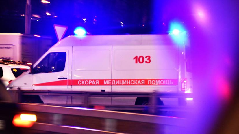 В ДТП с автобусом на юге Петербурга погиб один человек