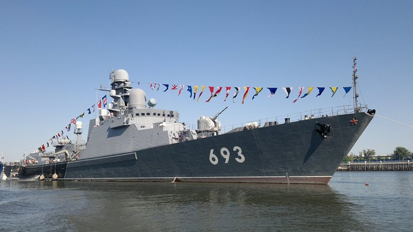 Ракетный корабль «Дагестан» провёл учения в Каспийском море
