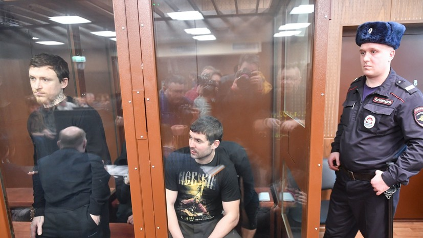 Юрист: Кокорин и Мамаев сами пришли, сознались, а их «упаковывают» на несколько месяцев