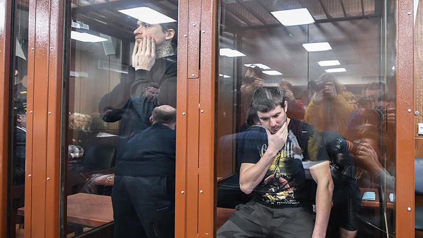 Уткин высказался о продлении ареста Кокорину и Мамаеву