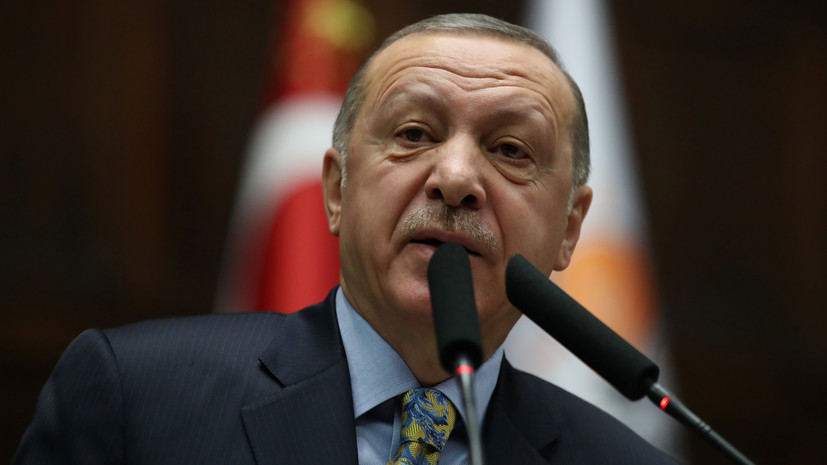 Эрдоган заявил о готовности Турции вести борьбу с террористами в Сирии вместо США