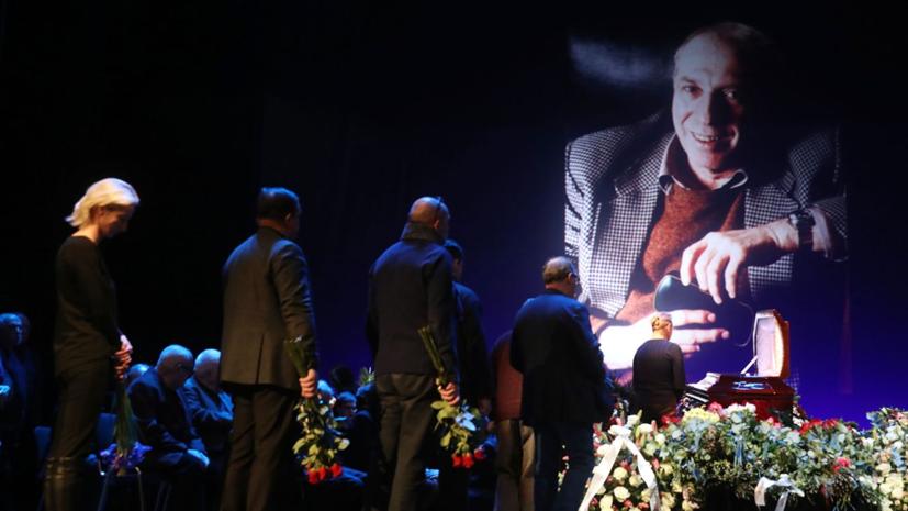 Юрского похоронили на Троекуровском кладбище