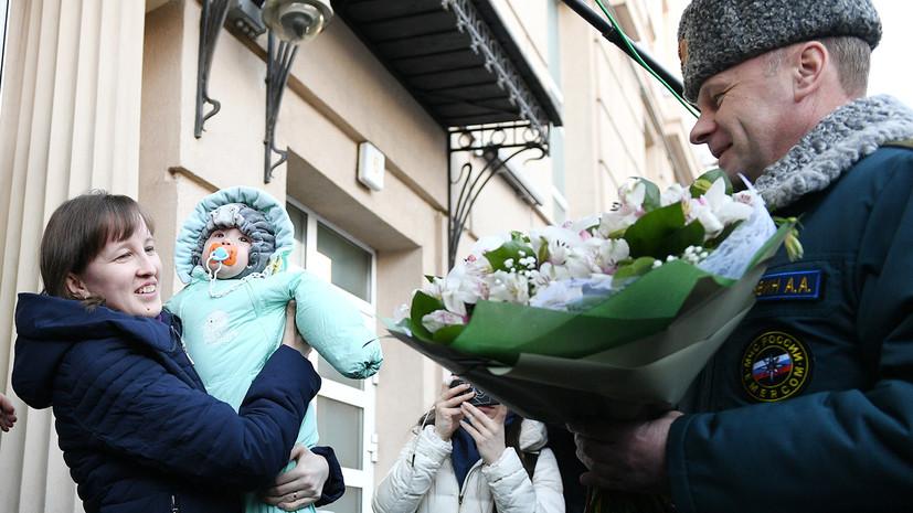 Спасённый в Магнитогорске младенец вместе с мамой вернулся домой