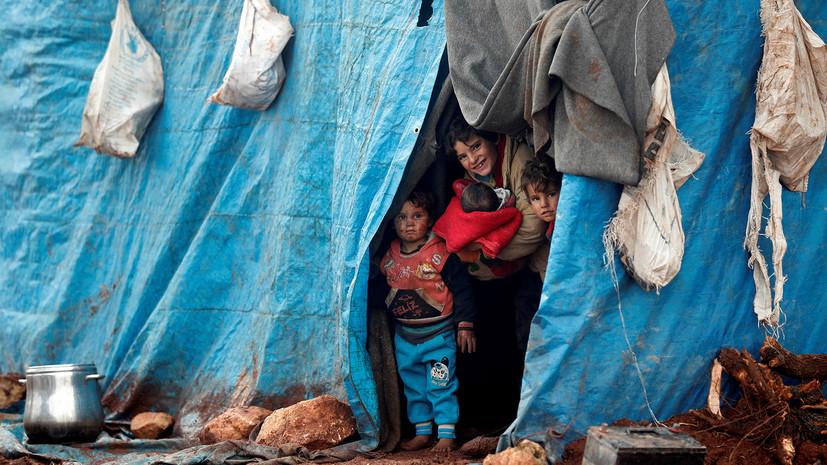 Минобороны: беженцы рассказывают, что их насильно удерживают в лагере «Эр-Рукбан»