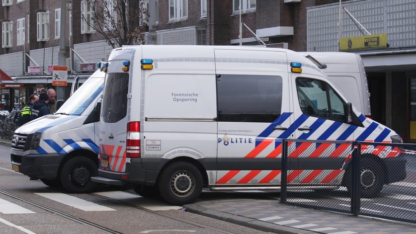 В аэропорту Амстердама задержали корреспондента «Новой газеты»