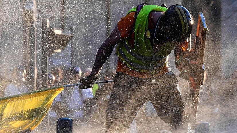 «Нас до сих пор не слушают»: как во Франции прошла 15-я акция «жёлтых жилетов»