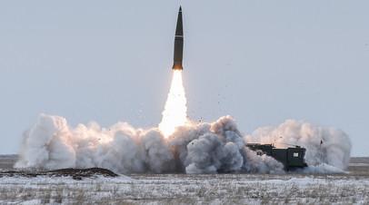 Пуск из ракетного комплекса «Искандер»
