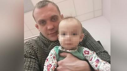 В Волгограде за право воспитывать маленькую Вику судятся её бабушка и отец с уголовным прошлым
