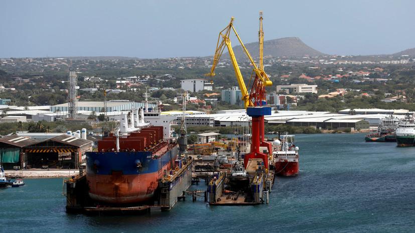 В Венесуэле заявили о готовности поставлять нефть в Россию