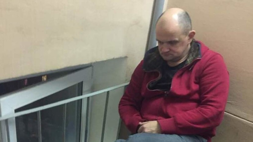 Известного русского артиста выгнали изквартиры в столицеРФ вместе ссемьей