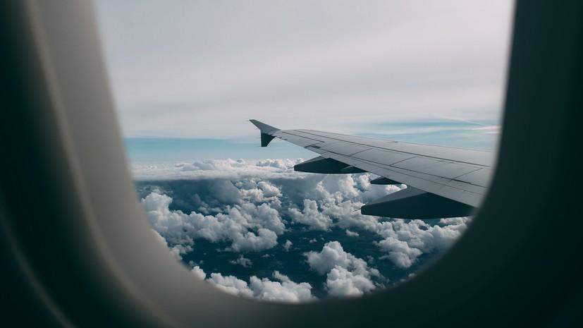 СМИ: Boeing 737 MAX развернулся в воздухе и возвращается в Стокгольм