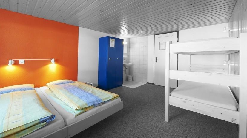 Совфед отклонил закон о запрете хостелов в жилых помещениях