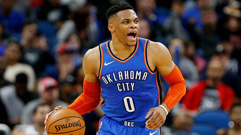 «В нашей игре нет места неуважению»: фанат, призывавший встать на колени звезду НБА, пожизненно дисквалифицирован