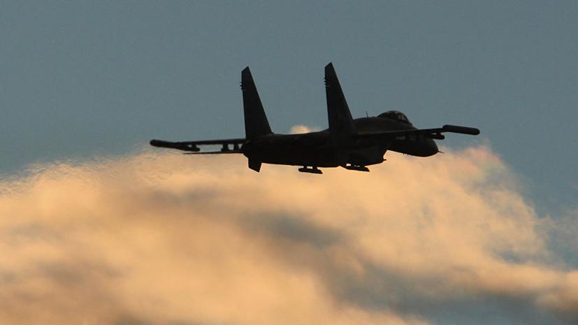 ВКС России нанесли удар по складу с оружием террористов в Идлибе
