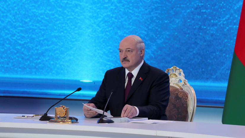 Лукашенко заявил, что весь мир смотрит на Белоруссию