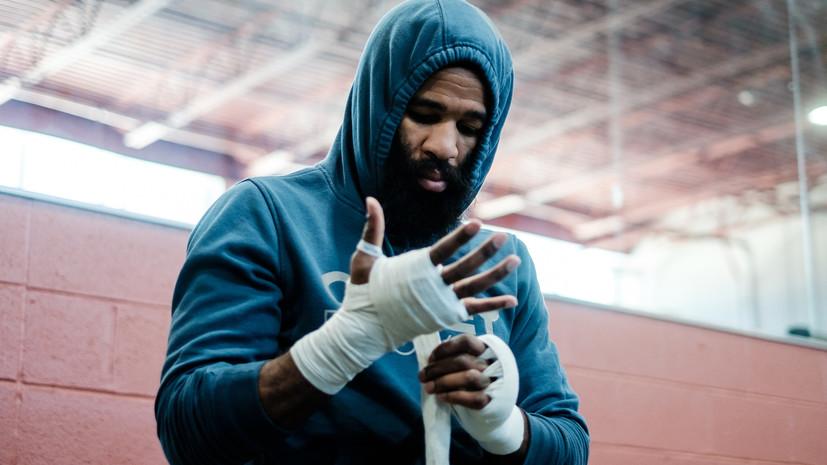Американский боксёр Питерсон завершил карьеру после поражения от россиянина