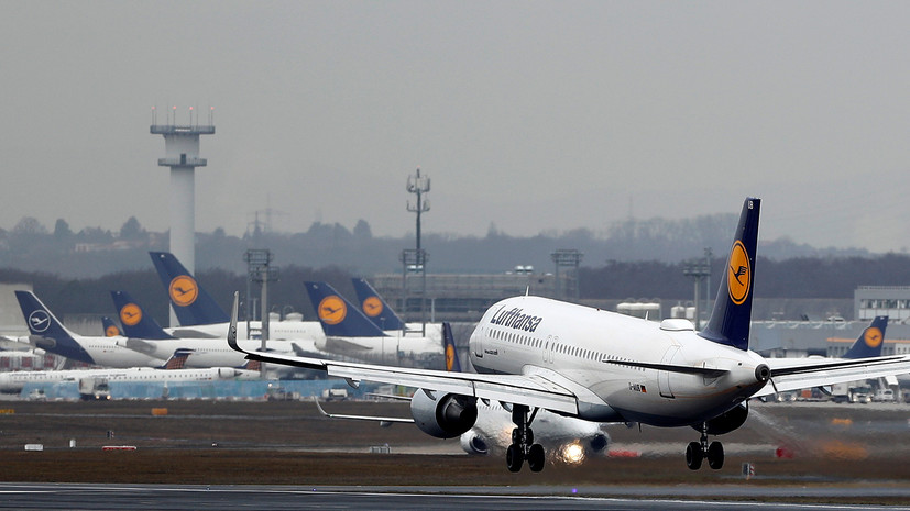 В аэропорту Франкфурта отменили более 50 рейсов из-за проблем с ПО