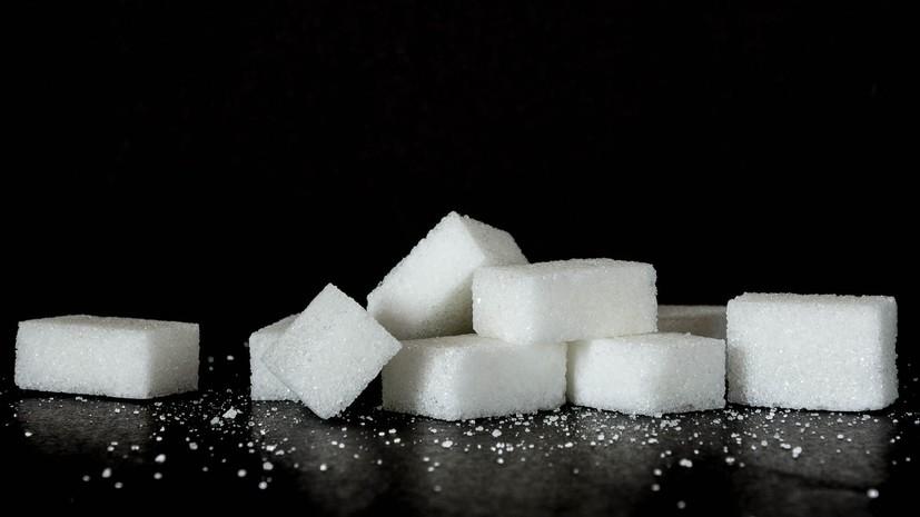 Россияне превысили норму потребления сахара в 2018 году почти в два раза