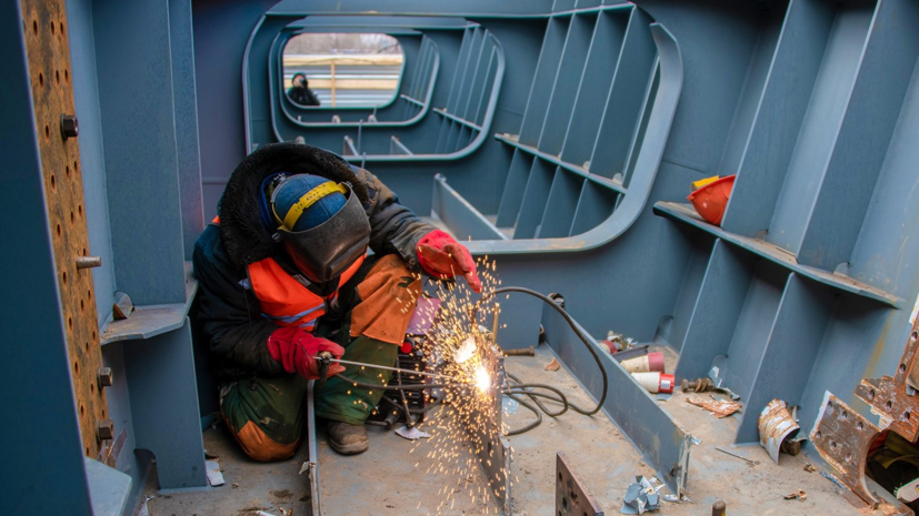 В Москве рассказали о ходе строительства путепровода через МЦК на юго-востоке столицы