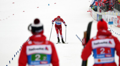Сергей Устюгов на финише эстафетной гонки
