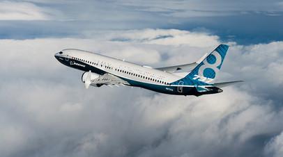 Ближнемагистральный лайнер Boeing 737 MAX 8 в полёте