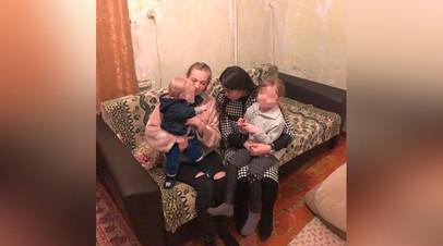 В Карачаево-Черкесии мать с двумя детьми пытается добиться положенного ей жилья