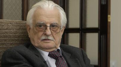 Меньшов назвал Хуциева великим советским режиссёром