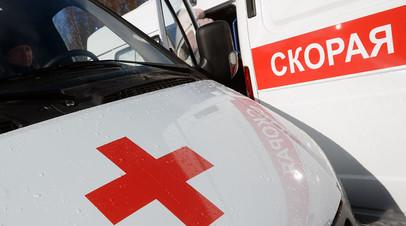 Число погибших при опрокидывании грузовика на такси в Москве достигло двух