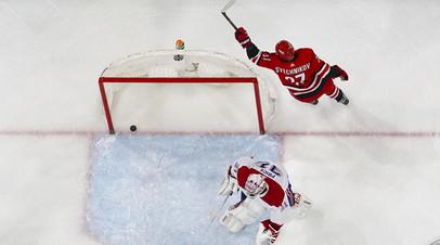 Свечников признан третьей звездой игрового дня в НХЛ