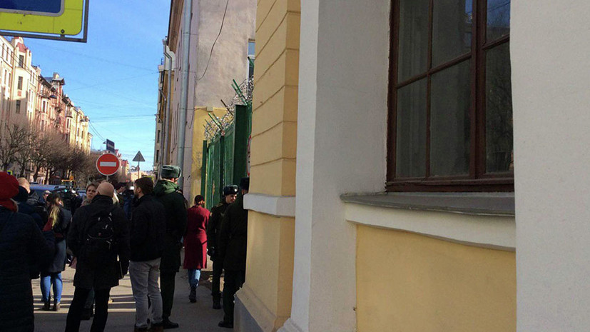Военная прокуратура начала проверку после взрыва в академии Петербурга
