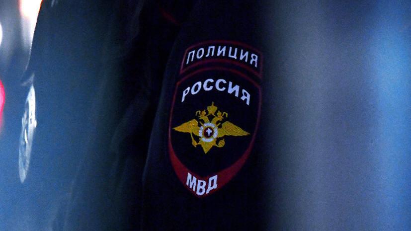 Источник: в Москве неизвестный поджёг автомобиль полиции