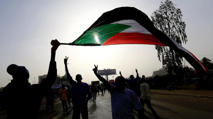 Россия не намерена закрывать своё посольство в Судане