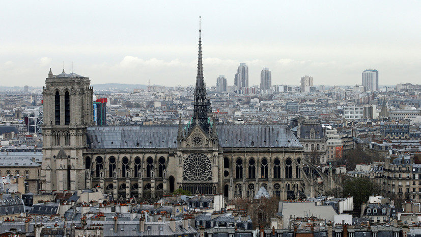 Терновый венец из Нотр-Дама перевезён в мэрию Парижа