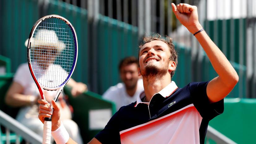 Теннисист Медведев впервые в карьере вышел в четвертьфинал турнира серии Masters 1000