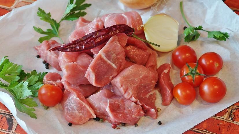 Эксперт прокомментировал исследование о повышающих риск рака кишечника продуктах