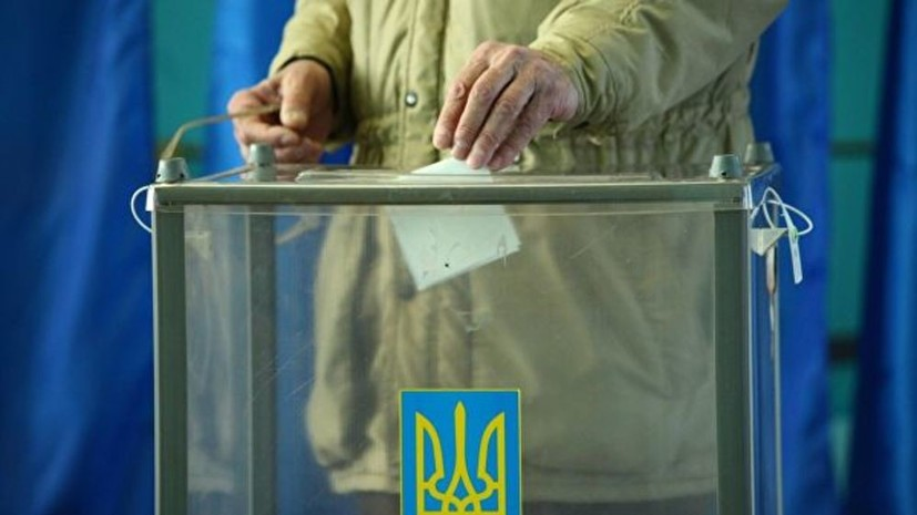 Полиция Украины получила почти 700 сообщений о нарушениях на выборах