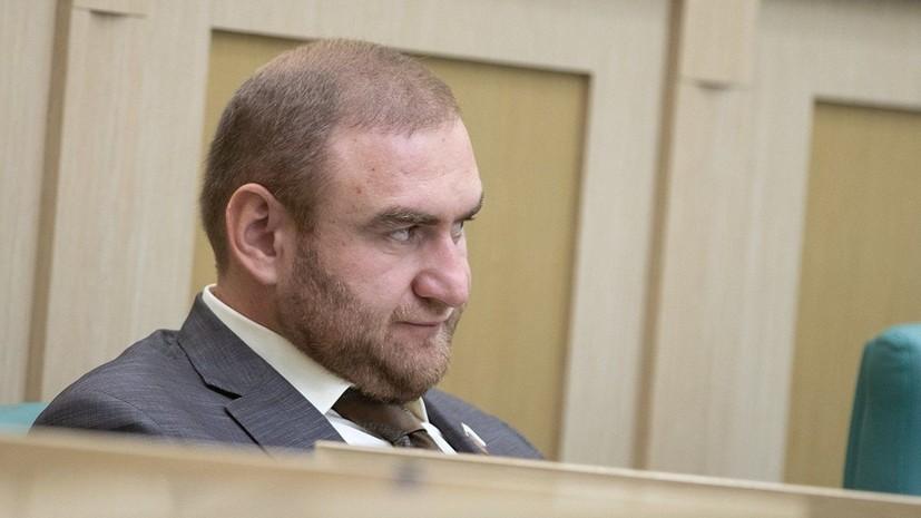 В ряде городов России в рамках дела Арашуковых проходит волна обысков