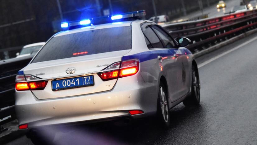 СМИ: В Москве неизвестные с топорами ограбили граждан Китая