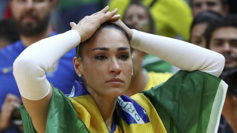 Чемпионка ОИ по волейболу потеряла сознание во время интервью
